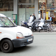 Autos et motos à Paris